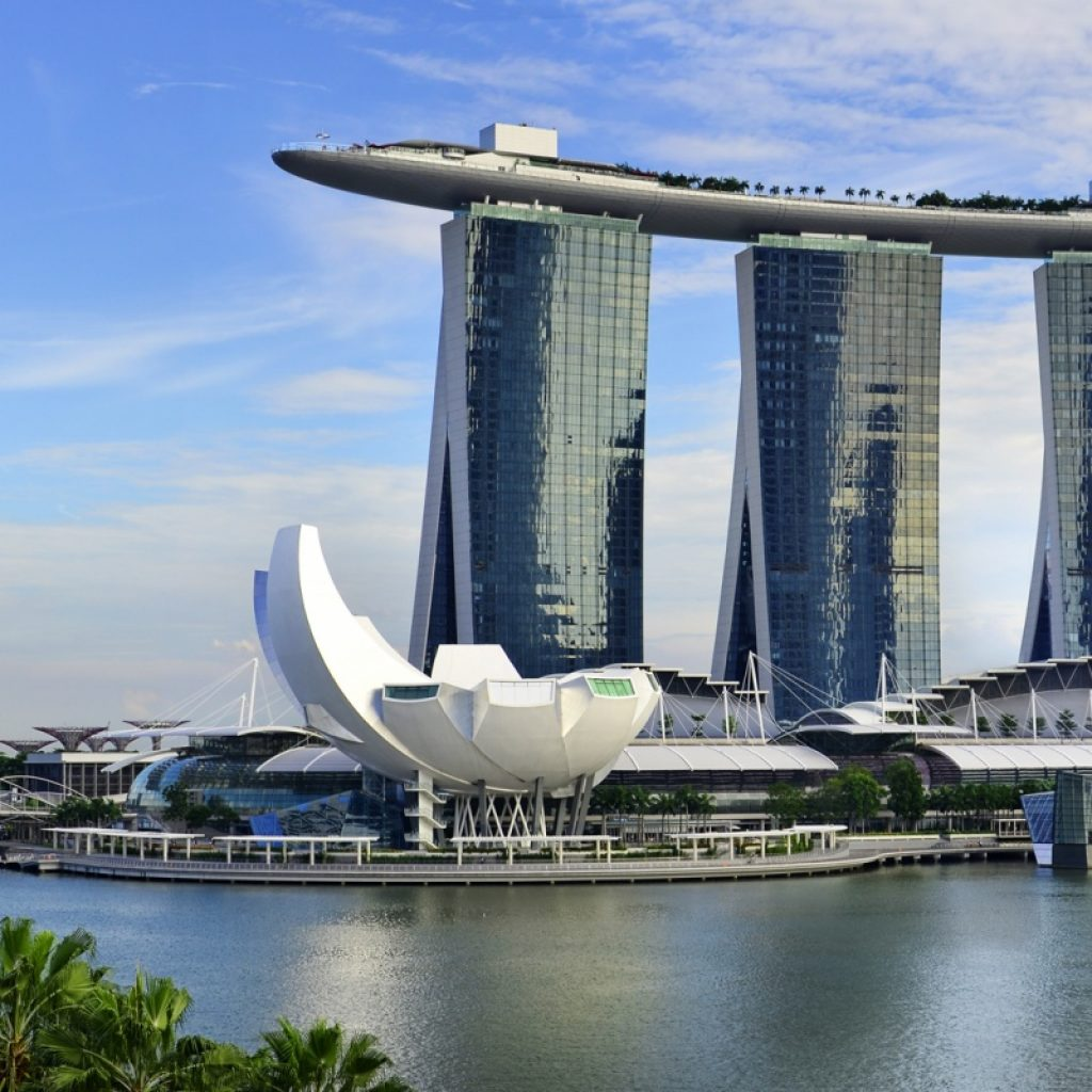 Здание Marina Bay Sands в Сингапуре
